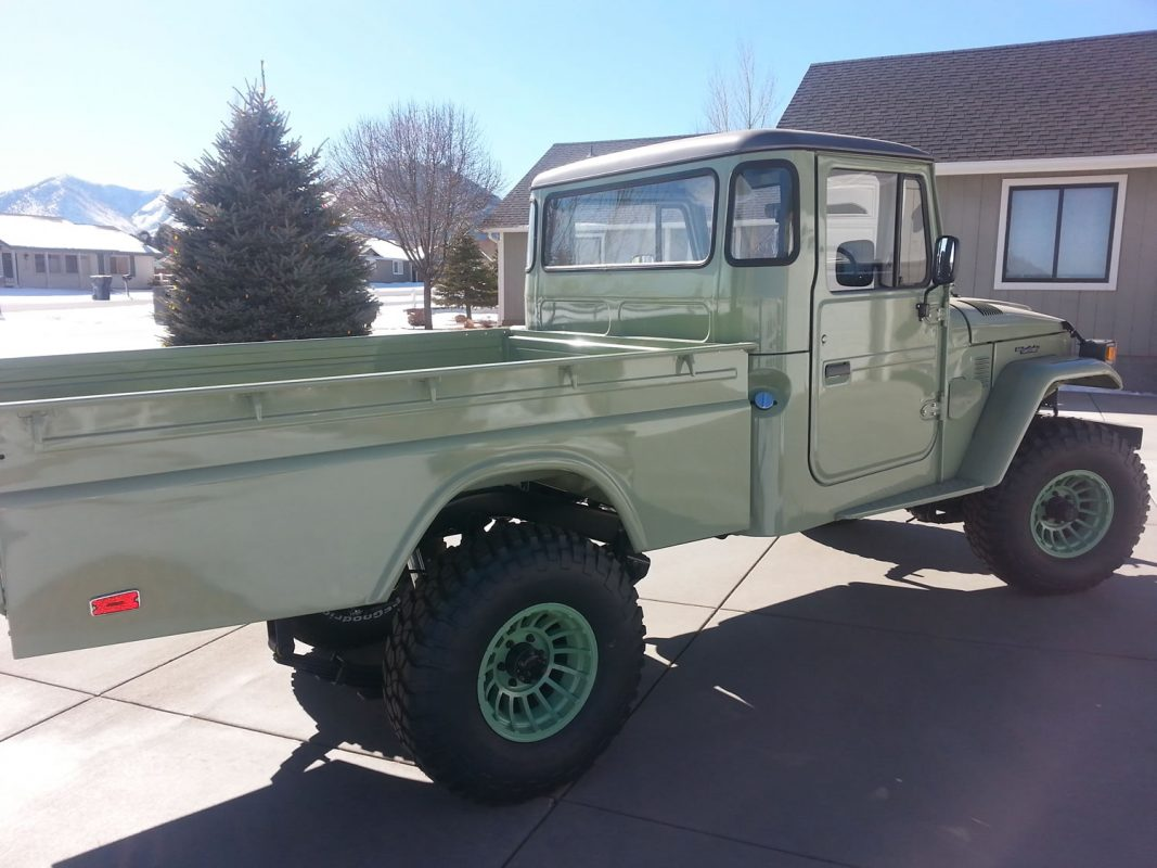 FJ-45-Pickup-Truck-Green-20160204_141123