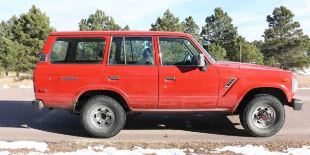 1990-Toyota-Land-Cruiser-FJ62-Red-IMG_0755