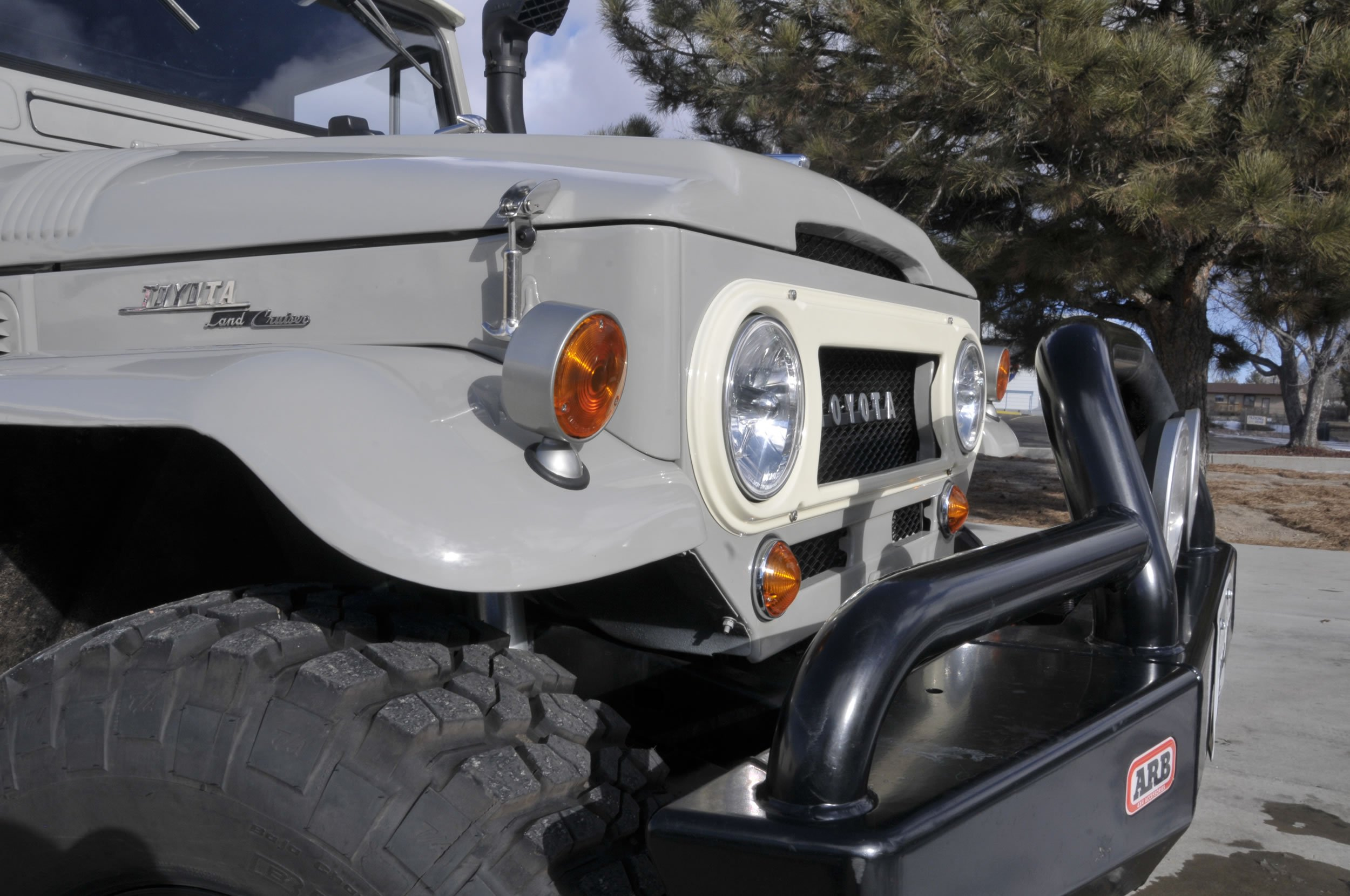 Red-Line-Land-Cruisers-FJ45-For-Sale-4762