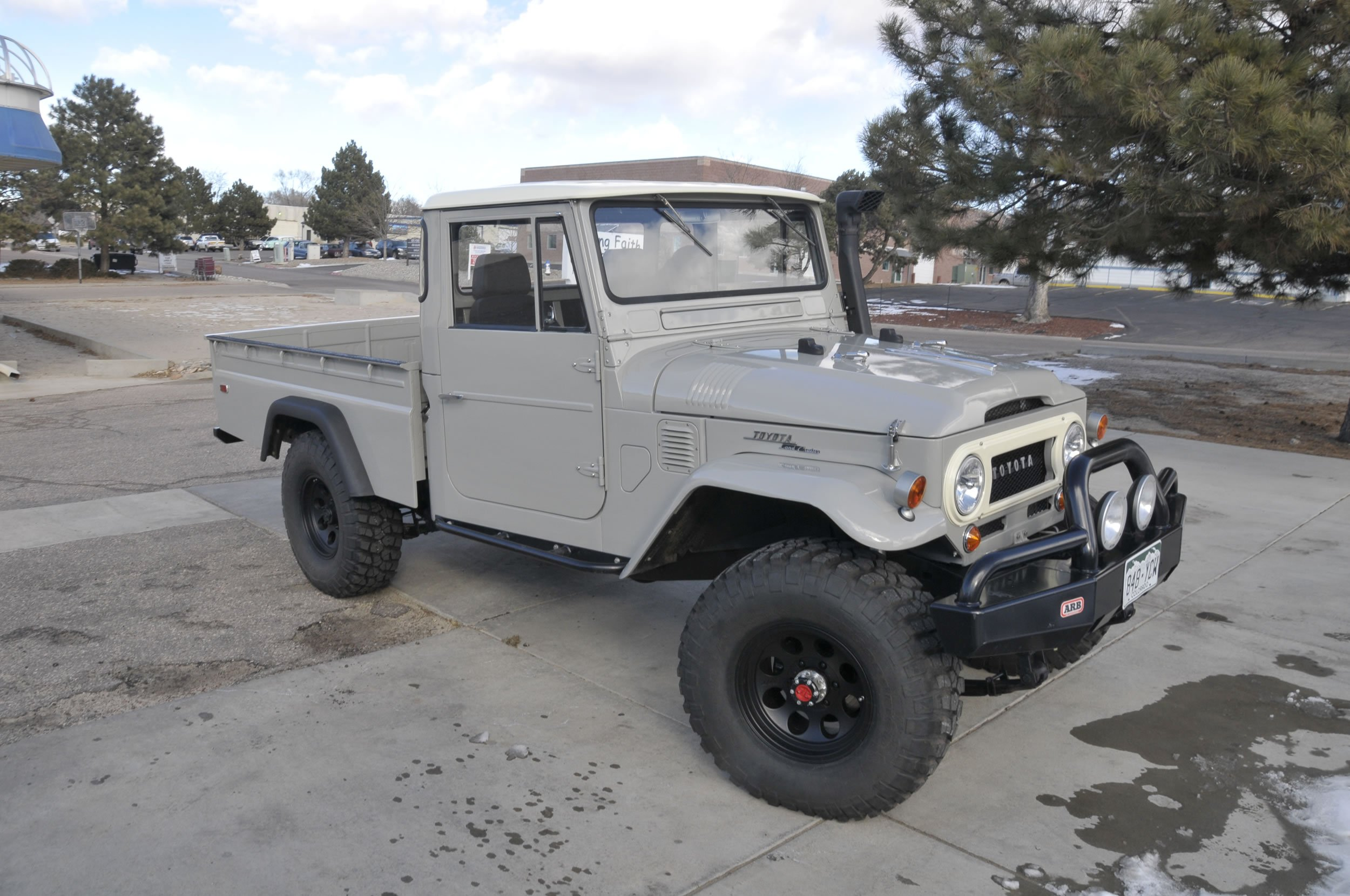 Red-Line-Land-Cruisers-FJ45-For-Sale-4839