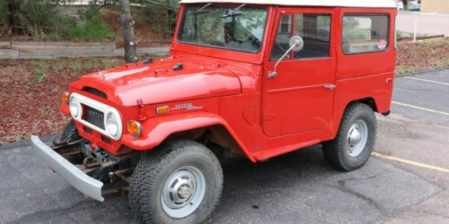 1971-Toyota-Land-Cruiser-FJ40-Red–IMG_8689