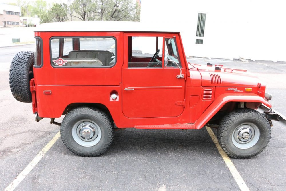 1971-Toyota-Land-Cruiser-FJ40-Red–IMG_8694