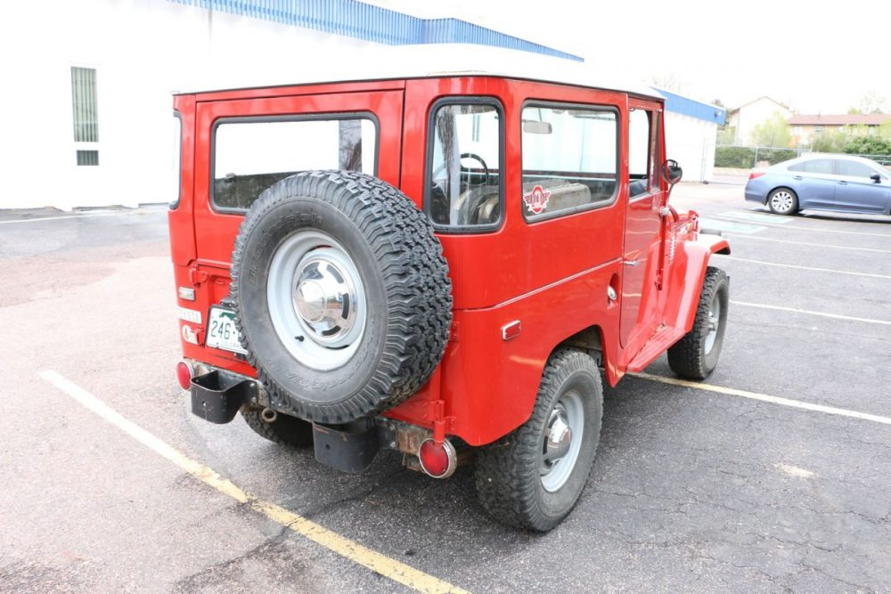 1971-Toyota-Land-Cruiser-FJ40-Red–IMG_8695