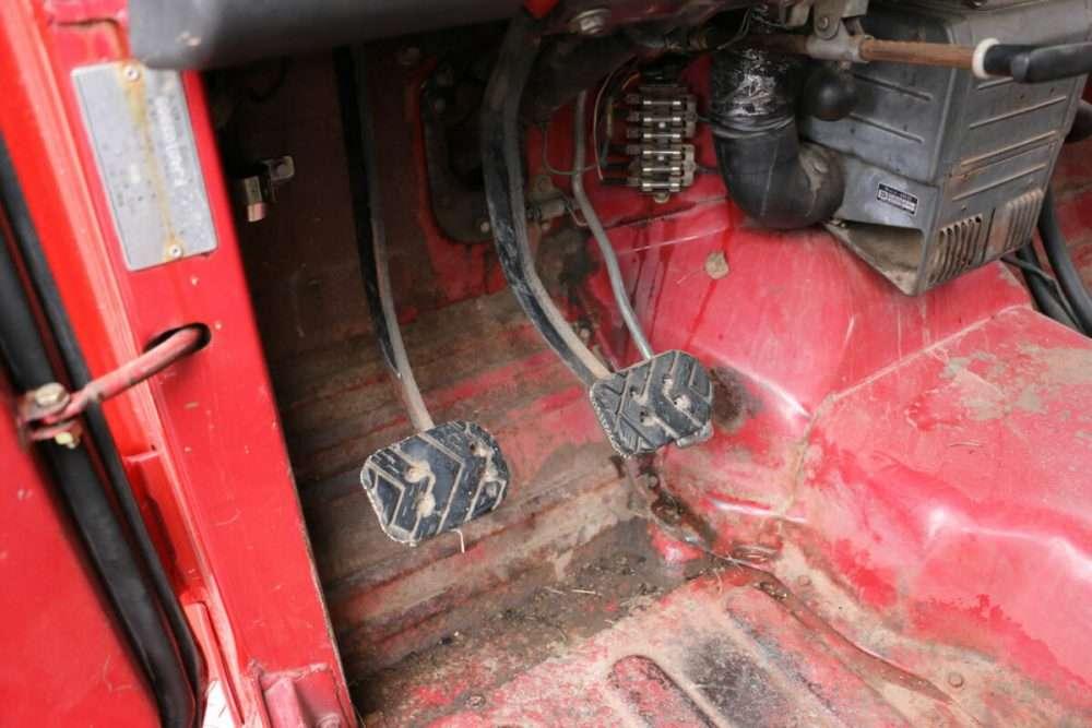 1971-Toyota-Land-Cruiser-FJ40-Red–IMG_8751