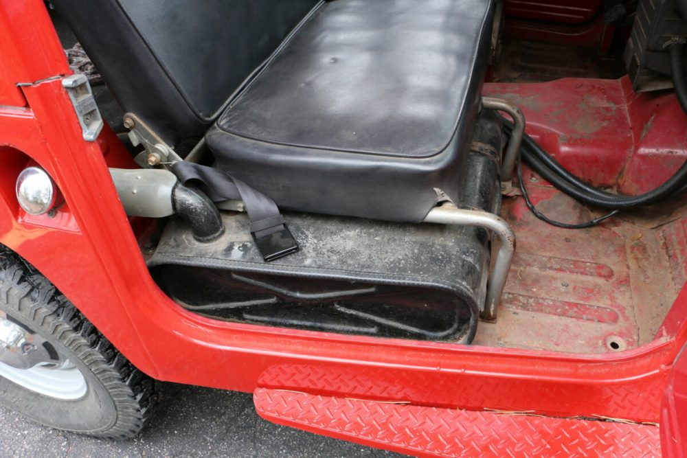 1971-Toyota-Land-Cruiser-FJ40-Red–IMG_8784