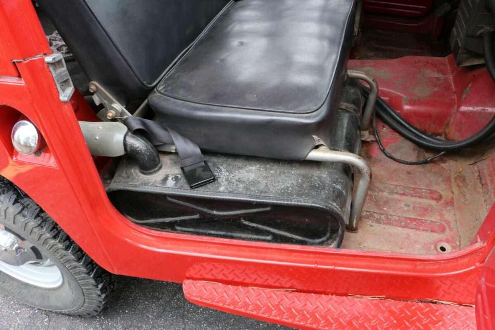 1971-Toyota-Land-Cruiser-FJ40-Red–IMG_8784